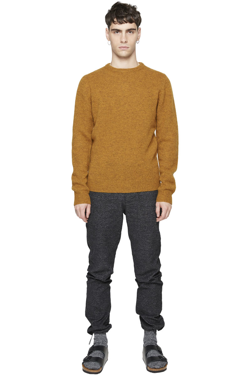 - Shetland wool pullover - Round collar - Finish of wrists