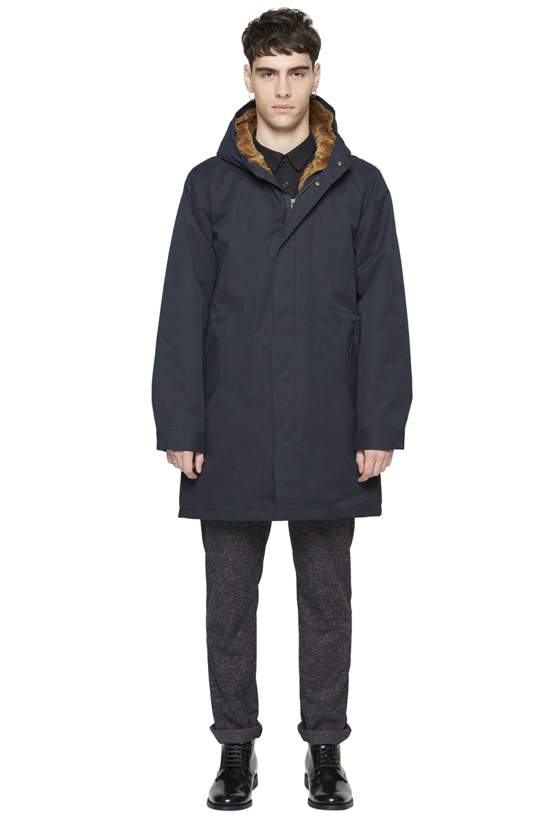 - Cotton and polyester laminated parka - Water-repellant and