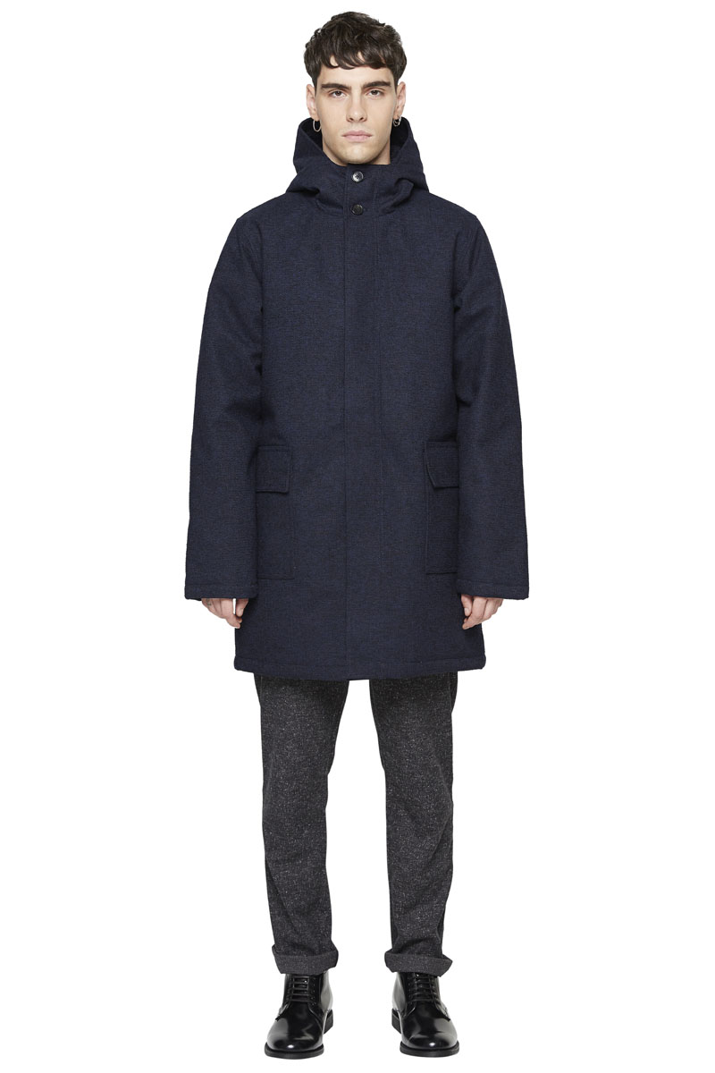 - Long length polyester and rayon parka - Waterproof -