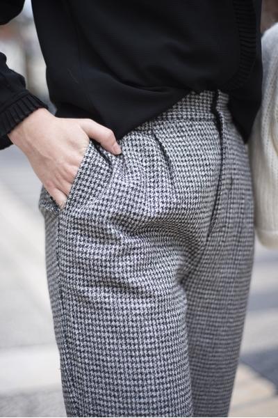 Pantalon en tissu tissé 7/8 , taille élastique avec des