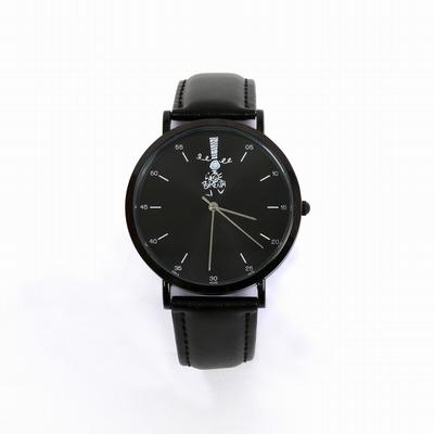 Cadran métal noir. Bracelet en PU noir. Mouvement à quartz 3
