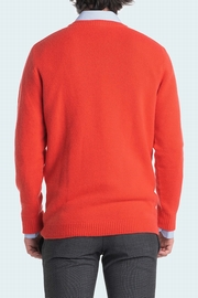 2-Ply cashmere crew neck for men. Entirely manufactured in