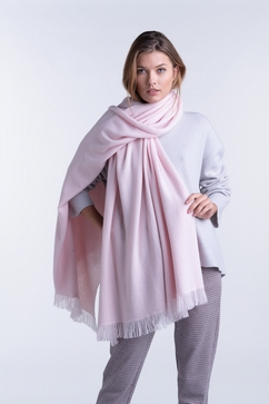 100% Cashmere hand fringed knitted stole. Entirely