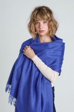 100% Cashmere plain woven stole. For Ladies. One size only