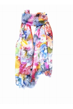 Extrafine printed stole in 80% Cashmere 20% Silk. One size