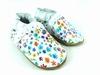 la paire de chaussures dentelle de valentine présentée ici