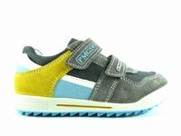 Description du modèle chaussure enfant garcon Primigi azio.