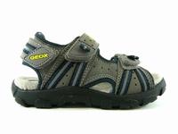 Description du modèle chaussure enfant garcon Geox