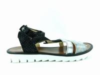 Description du modèle chaussure enfant fille Ikks samantha.