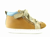 la paire de chaussures boubag de shoopom présentée ici peut