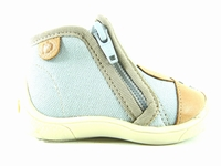 la paire de chaussure garcon merlin pour les enfants