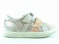 la paire de chaussures sasa de catimini présentée ici peut