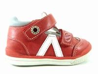 la paire de chaussure garcon siyou pour les enfants