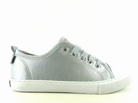 la paire de chaussures xenia de unisa présentée ici peut
