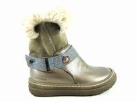 la paire de chaussures calandre de catimini présentée ici