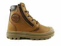 la paire de chaussures hicuffwp de palladium présentée ici