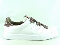 la paire de chaussures 1125197 de victoria présentée ici