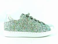 la paire de chaussure fille 112558 pour les enfants