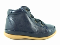 la paire de chaussures gambarde de little mary présentée ici