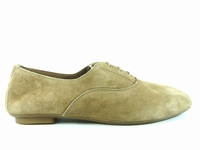 ces chaussures hydra de reqins se déclinent de la pointure