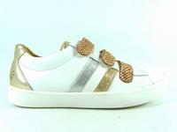 la paire de chaussures mado de gbb présentée ici peut vous