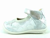 la paire de chaussures shessika de babybotte que vous avez