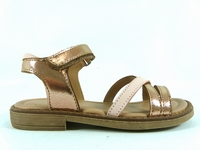 la paire de chaussures tessia de aster présentée ici peut