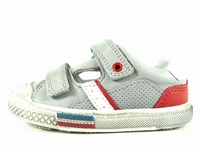 ces chaussures uno de bellamy se déclinent de la pointure 25