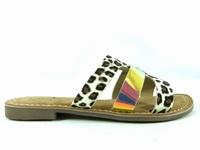 la paire de chaussures gail de metamorfose présentée ici