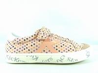 la paire de chaussures godyf de kickers que vous avez