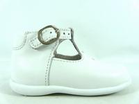 la paire de chaussure garcon loupg pour les enfants