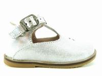 ces chaussures noria de aster se déclinent de la pointure 21