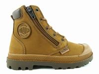 la paire de chaussures 76856 de palladium présentée ici peut