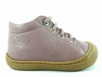 la paire de chaussures cocoonf de naturino présentée ici