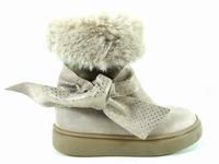la paire de chaussures evelina de gbb que vous avez