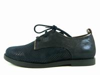 la paire de chaussures nina de bellamy présentée ici peut