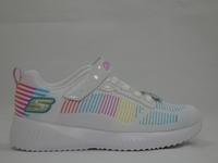 la paire de chaussures 302379l de skechers présentée ici