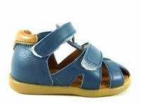 ces chaussures 7071 de babybotte se déclinent de la pointure