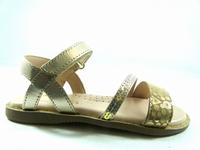 ces chaussures doleron de little mary constituent un