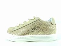 la paire de chaussure fille ormi pour les enfants modernes,