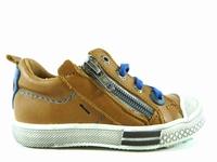 la paire de chaussure garcon stellio pour les enfants