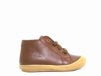 Le modèle chaussure garcon ACEBOS 1148VE de forme montante